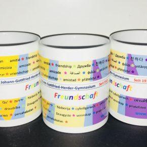 Neue Tassen mit altem Design